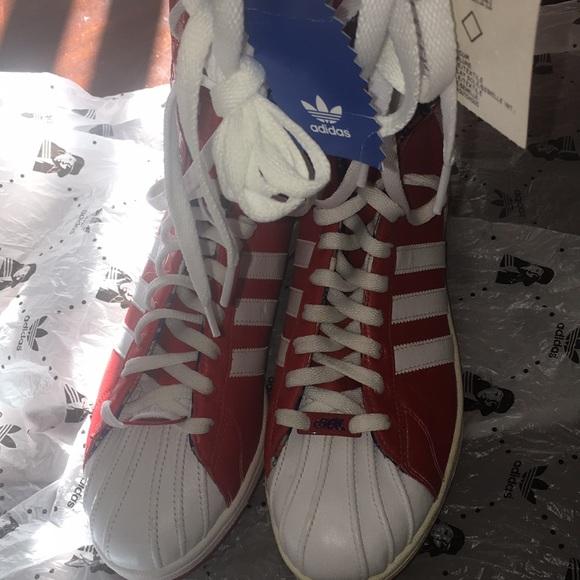 Adidas Shoes Missy Elliot Ivory Leather Sneakers         Poshmark    adidas skor   title=         Missy Elliot Remix-stövlar          Poshmark